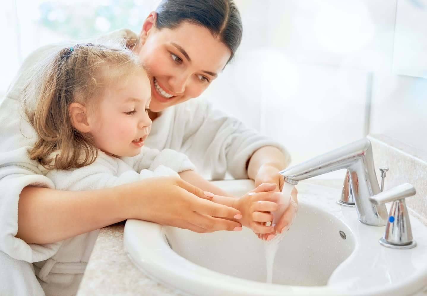 Visit Prevent Child Abuse America for Coronavirus tips for parents, children and others